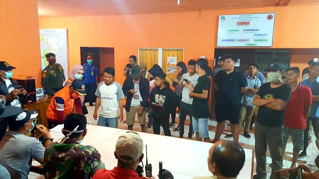 Puluhan Warga Diamankan Tim Razia Gabungan,  Dalam Pencegahan Covid-19 di Ketapang