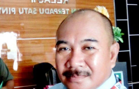 Anggota DPRD Syaidanur Ditantang Darius Ivo ke Meja Hijau